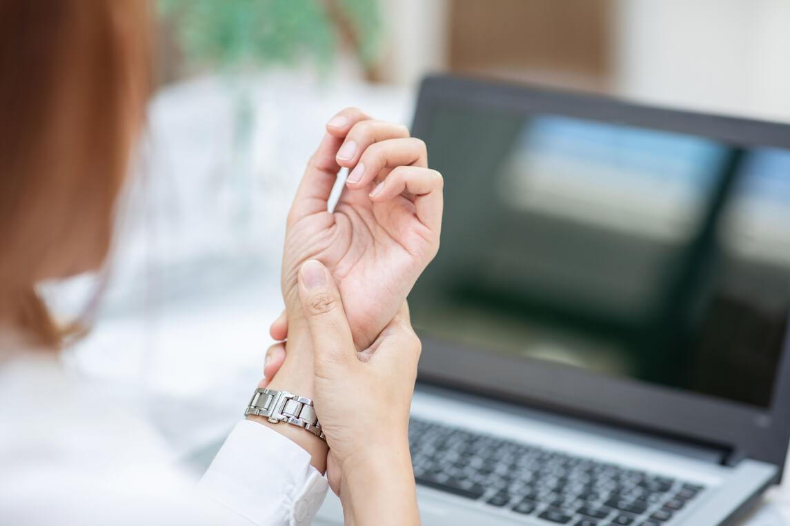 chiropractic and wrist  carpal tunnel syndrome