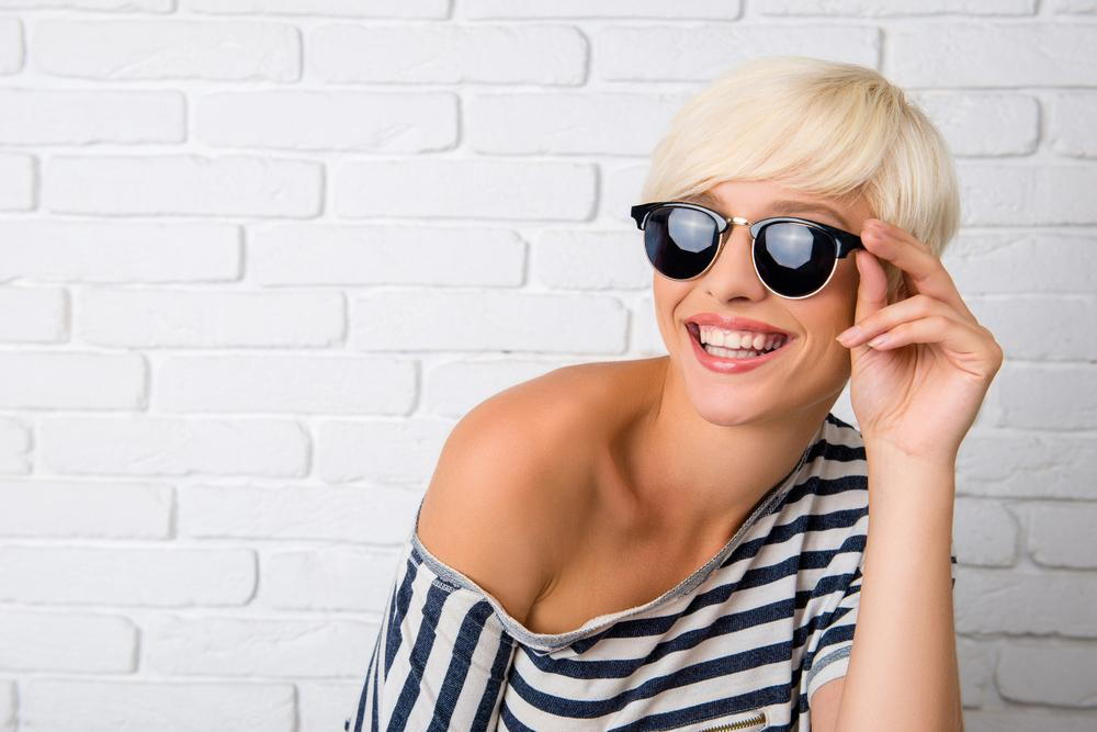 woman wearing her new sunglasses