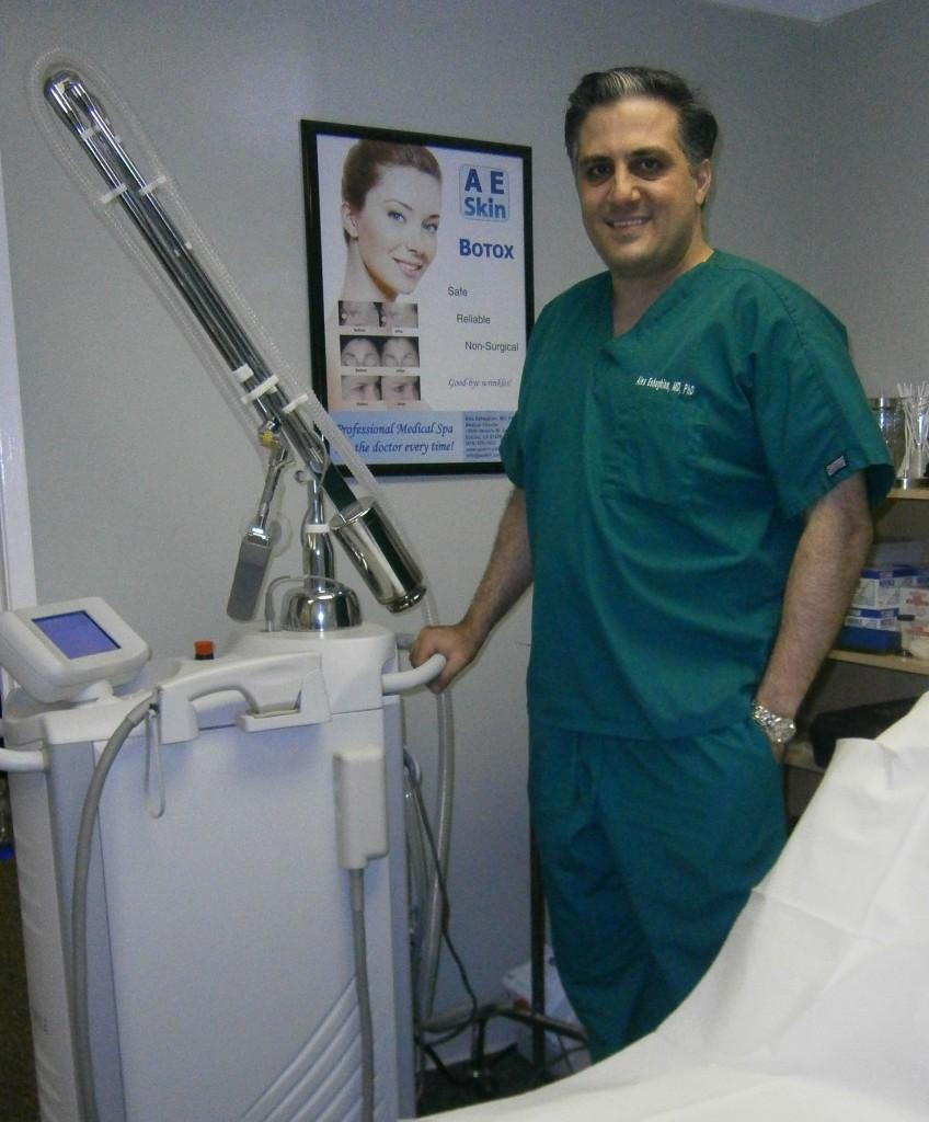 Dr. Alex with the Sciton laser