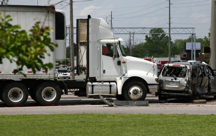 Proving Commercial Vehicles Are at Fault for Accidents