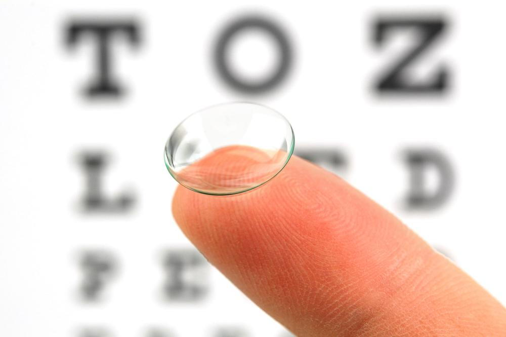 Contact Lens or Glasses: Which is Best for You?