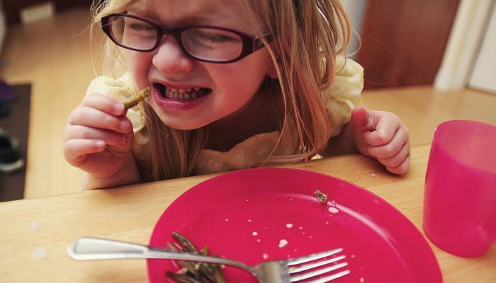 It may take 10 tries to familiarize picky eaters with new foods